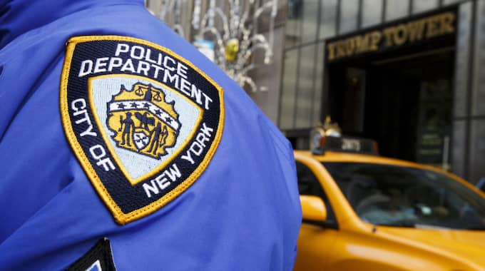 Polisen slog under tisdagen till mot Hells Angels högkvarter i New York. Foto: Justin Lane / Epa / Tt / EPA TT NYHETSBYRÅN