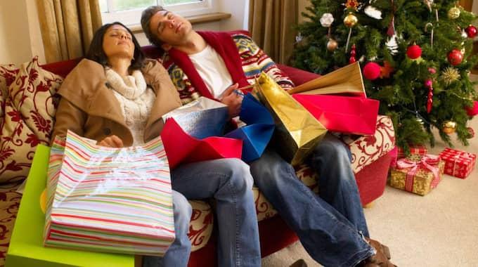 """""""Julen är en skön fantasi, och det blir sällan så jättebra när fantasin möter verkligheten. Den är ofta inte lika idyllisk."""", säger psykologen Mats Eklöf. Foto: Shutterstock"""