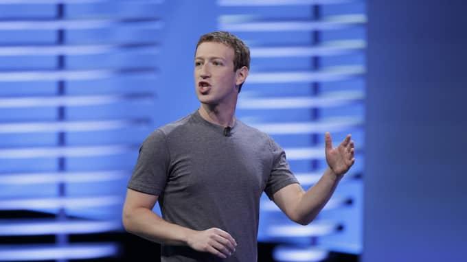 OANSVARIG UTGIVARE. Facebook anklagas bland annat för att ha bidragit till desinformation och att ha påverkat det amerikanska presidentvalet. Men vd:n Mark Zuckerberg slår ifrån sig kritiken. Foto: Eric Risberg / AP TT NYHETSBYRÅN