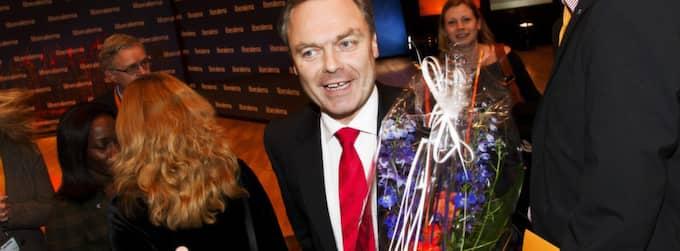 """Upprepar kravet. Under riksmötet i Västerås upprepade Jan Björklund Folkpartiets krav på sänkta ungdomslöner. """"Det är bättre att en 19-åring får jobb, även med lägre lön"""", sa han. Foto: Nils Petter Nilsson"""