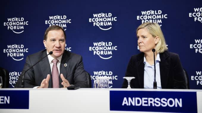 Statsminister Stefan Löfven och finansminister Magdalena Andersson på World economic forum i Davos tidigare i går. Foto: Anna-Karin Nilsson / ANNA-KARIN NILSSON EXPRESSEN