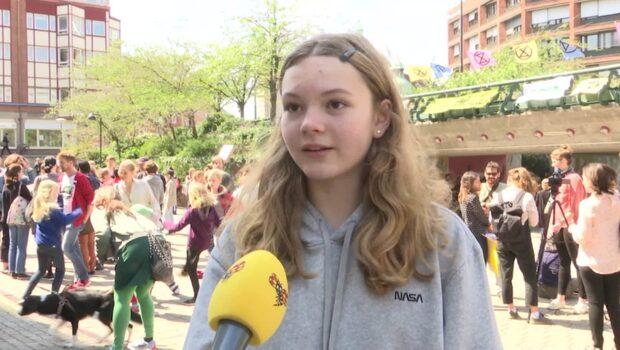 """Rosie, 12: """"Om vi inte gör något åt saken blir vår framtid värre"""""""
