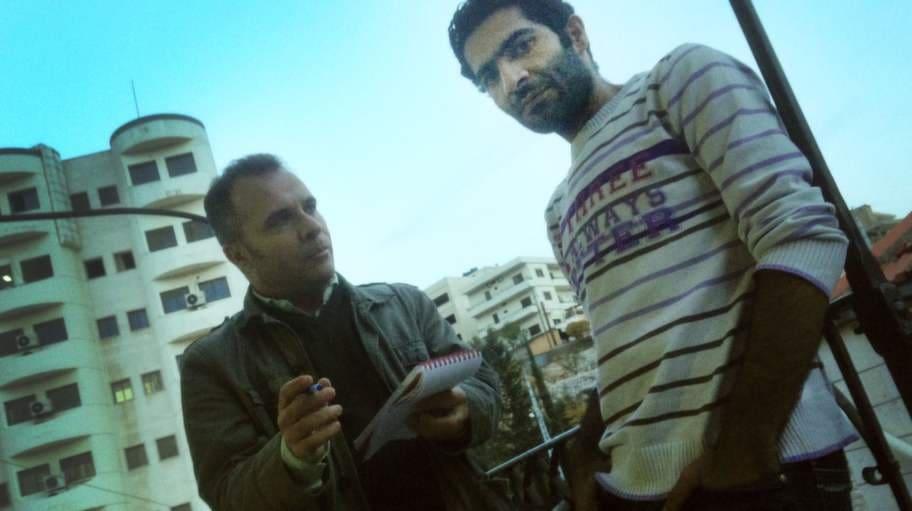 Han søker dem tid