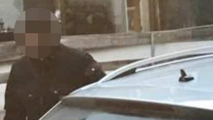 Rånaren misslyckades i flykten med att kapa två körskolebilar och bad till slut om att få skjuts. Foto: Privat