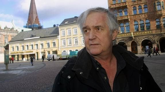 """Henning Mankell har sålt 30 miljoner böcker. Ingen annan svensk är så mycket läst. Nu kommer hans 27:e roman, """"Kinesen"""". Foto: Joachim Wall"""