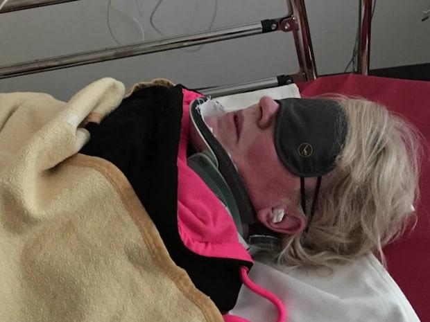 Mimmi kördes på i Dubai - nu får Mimmi, 44, ingen hjälp