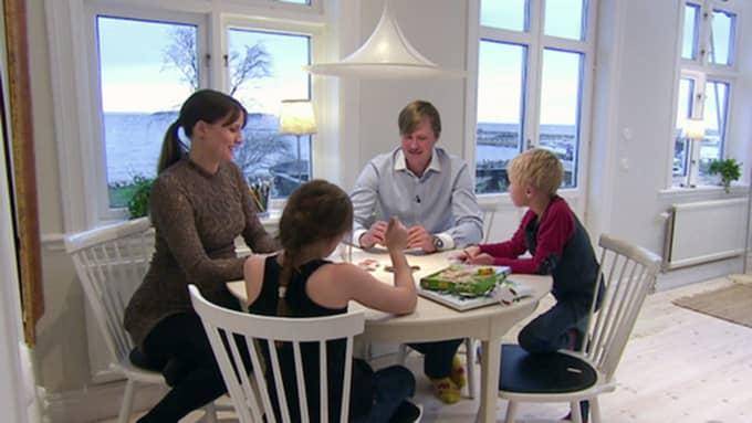 Husdrömmar följde med Marie,Erik, Victor och Isabel Gamner under renoveringsarbetet i Borstahusen. Foto: SVT