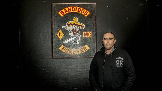 Den här bilden togs när Brian Sandberg lämnade Hells Angels för Bandidos. Foto: UNGER ANTHON