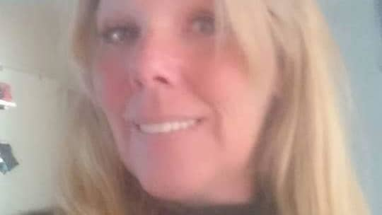 Annelie Brandt, 45, berättar att hon och de andra nattvandrarna ofta stöter på både narkotika och vapen. Foto: Privat