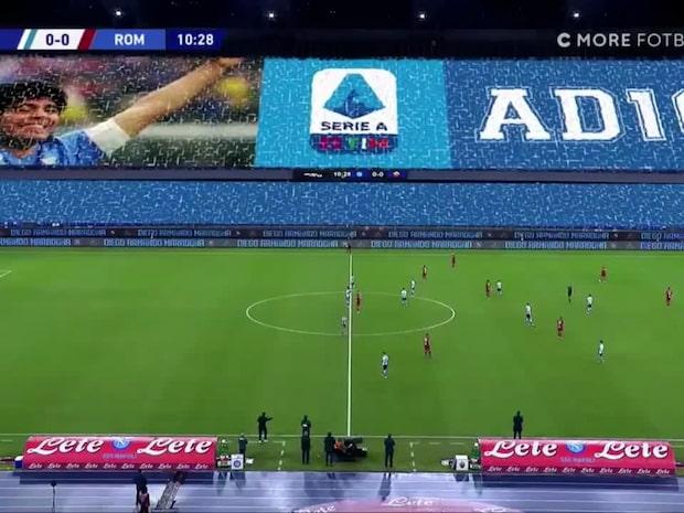 Diego Maradona hyllades inne på stadion San Paolo