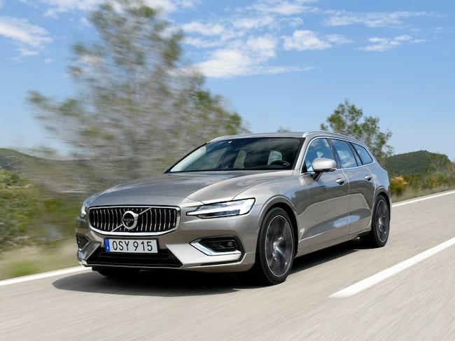 Volvo V60 – årets så här långt populäraste nya bil i Sverige.