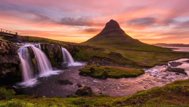 <span>Videon över midnattsolen på Island förför tittare jorden runt just nu.</span>