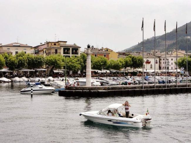 Garda är en fin, liten stad med många restauranger i de smala gränderna.