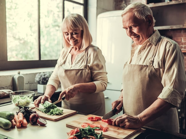 Mer protein och D-vitamin är två saker kroppen behöver mer av när du blir äldre.