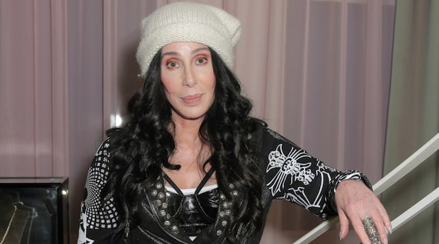 Cher hoppar av film på grund av familjetragedi