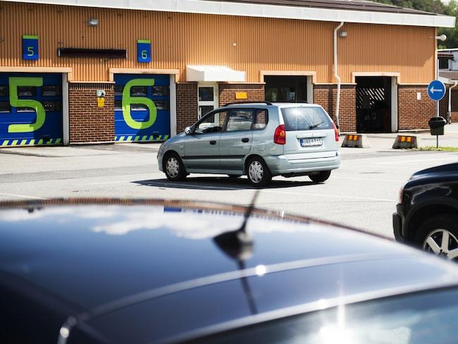 En kontrollbesiktning av en personbil har blivit nio procent dyrare sedan avregleringen.