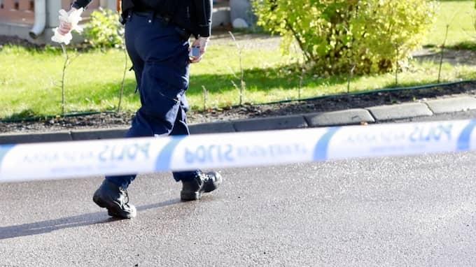 Det var i oktober som någon eller några sköt mot en polis bostad i Västerås. Foto: PER GROTH/TT / TT NYHETSBYRÅN