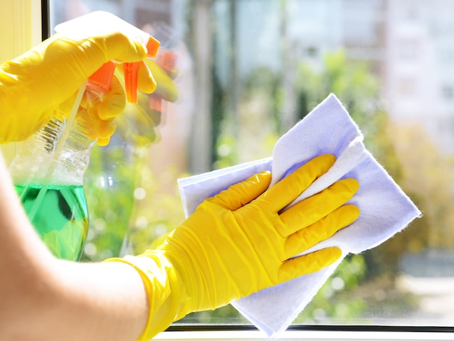 Fönsterputs gör fönstren flammiga och putsandet tar längre tid.