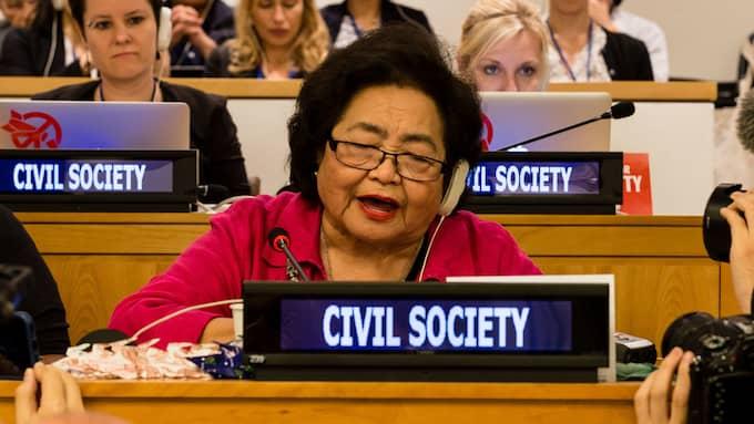 Setsuko Thurlow överlevde som 13-åring atombomben mot Hiroshima. Hon har sedan dess dedikerat sitt liv till kampen för kärnvapennedrustning och fick den 7 juli i år uppleva att FN antog ett förbud mot kärnvapen. Nu uppmanar hon Sverige att signera och ratificera avtalet. Foto: Ralf Schlesener