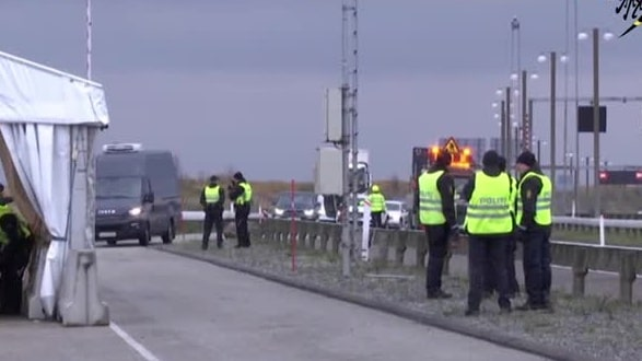 Gränskontrollerna från Sverige till Danmark har inletts