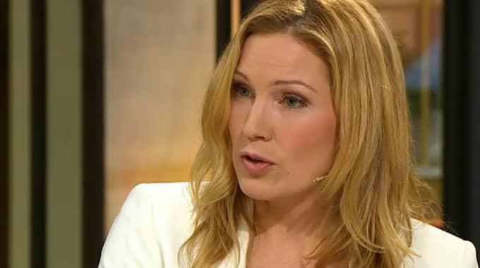"""Under söndagsmorgonen gjorde Jessica Almenäs comeback i """"Nyhetsmorgon"""". Foto: TV4"""