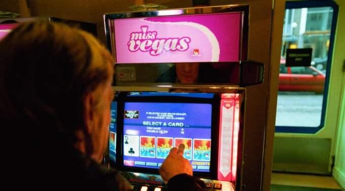 Vinst och förlust. Staten tjänar pengar, spelaren blir ruinerad. Foto: Jan Düsing