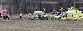 JUST NU: Olyckskaos – bil spetsad av vägräcke