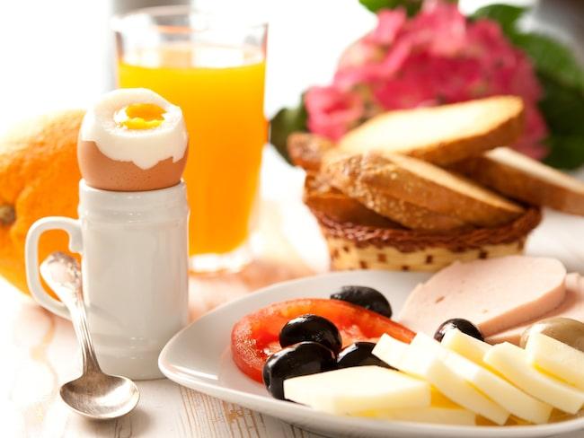 Djurens Rätt vill se ägg från frigående hönor till frukost på hotellkedjorna runtom i världen.