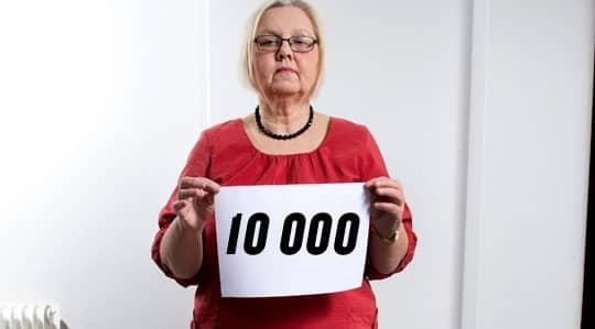 Gunilla Porsvant i Vingåker fyllde 65 år i oktober men har inte råd att gå i pension.