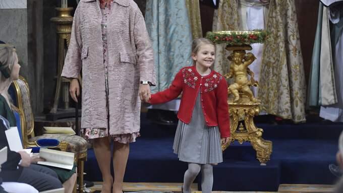 Prinsessan Estelle tillsammans med sin moster, prinsessan Madeleine. Foto: JONAS EKSTROMER/TT / JONAS EKSTROMER/TT