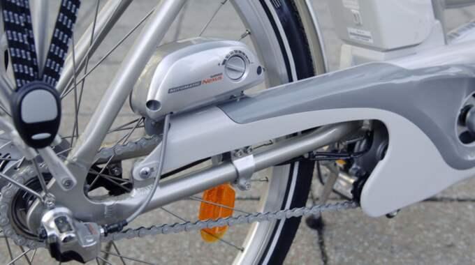 Med en elcykel får man lite extra hjälp på traven. Foto: Lasse Svensson