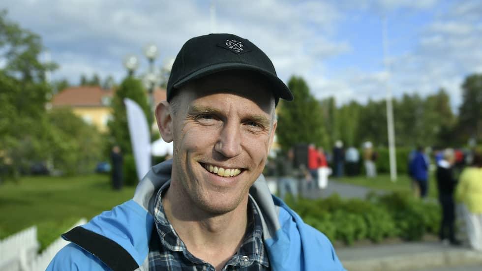 Björn Ferry har vunnit svenska folkets hjärta med sina framgångar i skidskytte – och sina frispråkiga insatser som kommentator. Foto: VILHELM STOKSTAD/TT / TT NYHETSBYRÅN