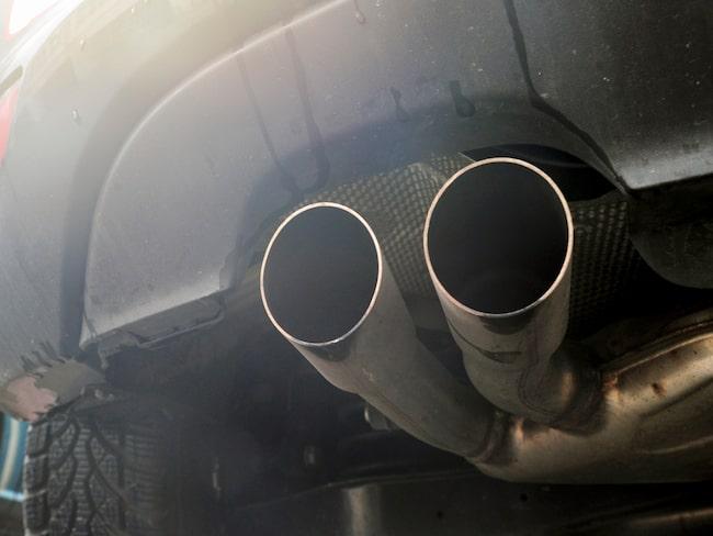 Dieseln står för nästan hälften av dödsfallen i världen som inträffade på grund av fordonsavgaser 2015.