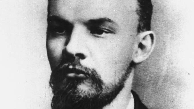 """""""Ingen av dem läker såren i själar som för alltid trasades sönder av marxism-leninismens människofientlighet."""""""