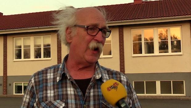 Ronny, 72, evakuerades från sitt hem