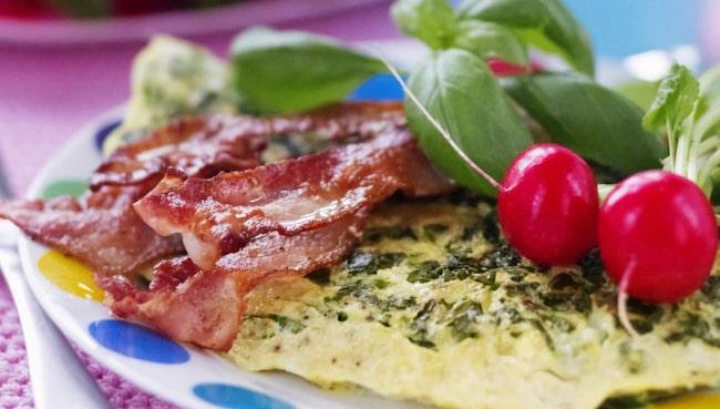 <span>Även bacon är processat kött, som nu listas som cancerframkallande av WHO.</span>