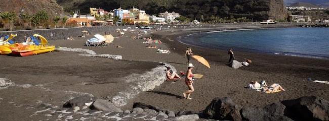 LA PALMA. Svart sand i Puerto de Tazacorte.