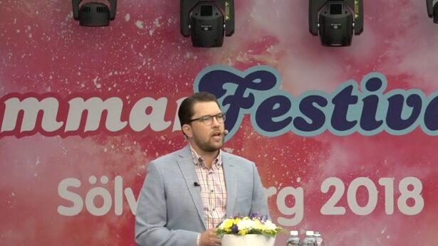 """""""Sverigevänner vi leder, vi håller på att vinna"""""""