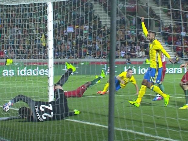 Viktor Claesson tvåmålsskytt när Sverige vann mot Portugal