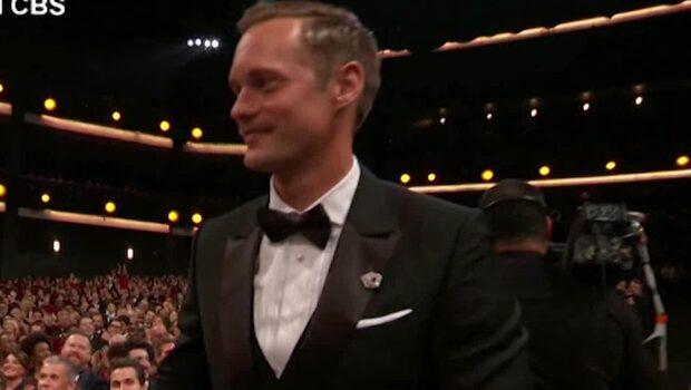 Alexander Skarsgård vann Emmy Awards - hyllade mamma