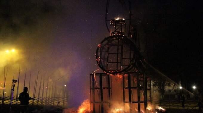 Bocken började brinna bara timmar efter invigningen. Foto: Roger Nilsson/Tt / TT NYHETSBYRÅN