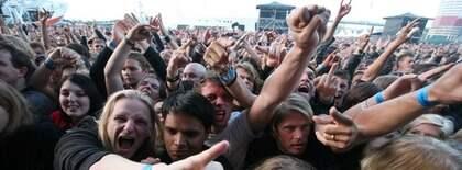 Publiken under en konsert med Machine Head på Metaltown 2007. Foto: Tommy Holl