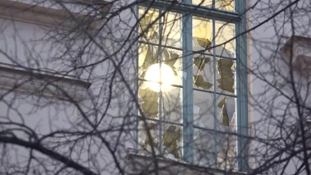 Explosion i trapphus i Stockholm
