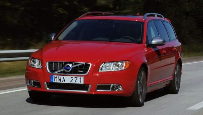 Volvo V70 är en populär svensk bil. I vår unika lista ser du vad olika versioner av V70 och massor av andra bilmodeller är värda.