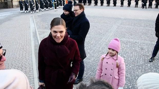 Kronprinsessan Victoria firades på inre borggården