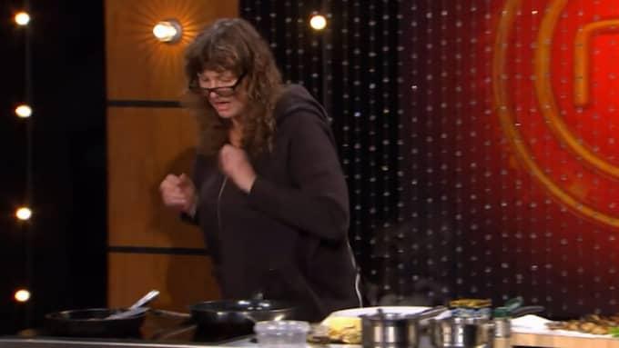 """Uttagningen till """"Sveriges Mästerkock"""" blir en tuff pärs för amatörkocken Carina Finnström i kvällens avsnitt. Foto: TV4"""
