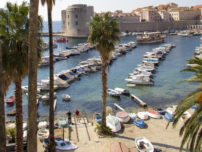 Ringmuren går runt hela gamla Dubrovnik.