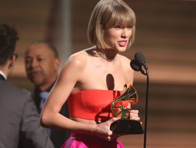Taylor Swift skickade en syrlig känga till Kanye West under Grammy Awards. Foto: Matt Sayles