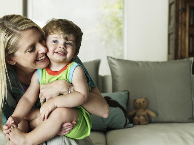 Forskarna tror att det faktum att föräldrar kan få stöd av sina barn när de blir äldre kan vara en bidragande faktor.