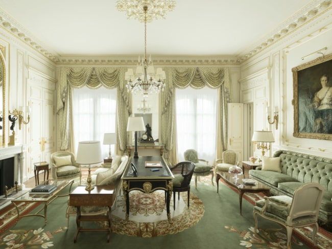 Det legendariska hotellet Ritz Paris får nu leva vidare.
